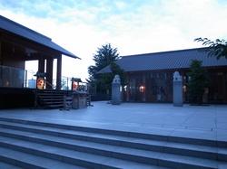 夕暮れの赤城神社1.JPG